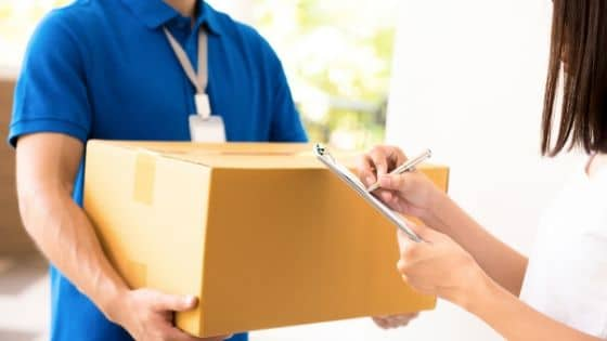 Courier Service vs Post Office: Which Should You Choose?